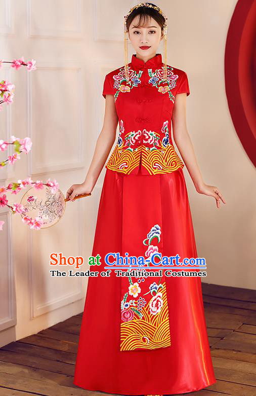Chinese Traditional Embroidered Red Xiuhe Suit Ancient Wedding Toast Cheongsam Dress for Women