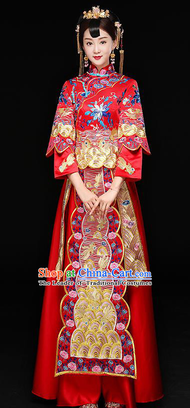 Chinese Traditional Embroidered Lotus Xiuhe Suit Longfeng Flown Ancient Bottom Drawer Wedding Dress for Women