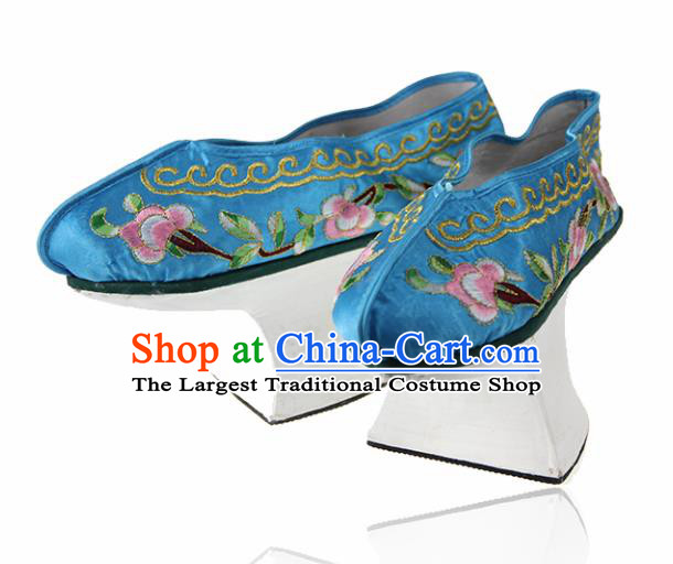 Asian Chinese Ancient Qing Dynasty Palace Saucers Shoes Traditional Blue Embroidered Shoes for Women