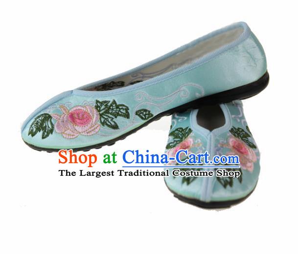 Asian Chinese Ancient Green Blood Stained Shoes Traditional Embroidered Shoes for Women