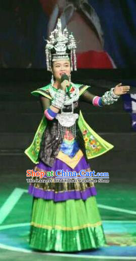 Chinese Traditional Miao Nationality Dance Costumes and Headpiece for Women