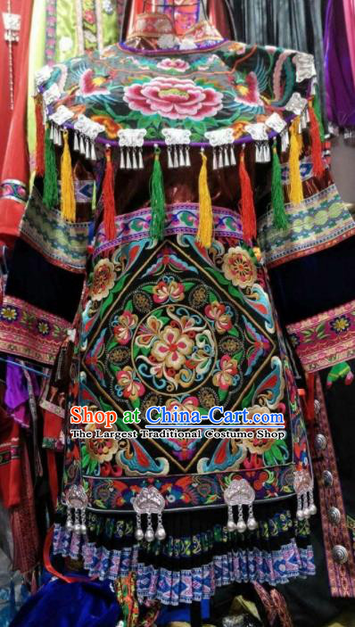 Traditional Chinese Dong Minority Costumes Embroidered Dress for Women