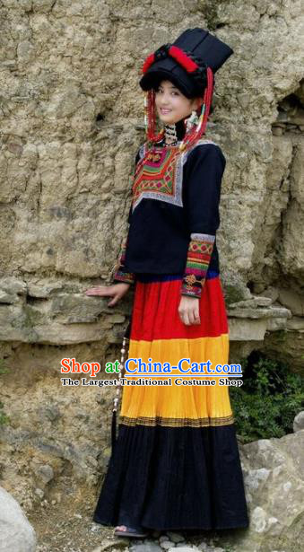 Chinese Traditional Yi Nationality Dance Costumes and Headpiece for Women