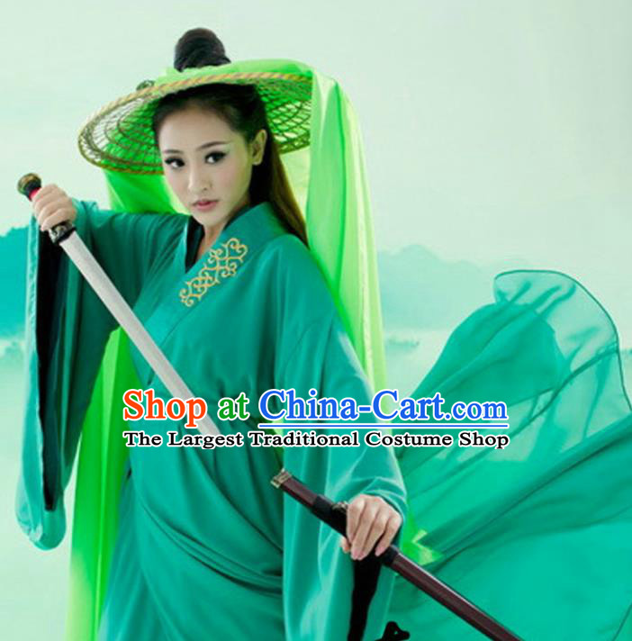 Chinese Ancient Ming Dynasty Swordswoman Embroidered Costume for Women