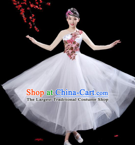 Top Grade Chorus Stage Show Group Dance Costumes Modern Dance White Veil Dress for Women