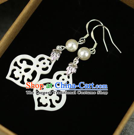 Chinese Handmade Shell Earrings Traditional Classical Hanfu Ear Jewelry Accessories for Women