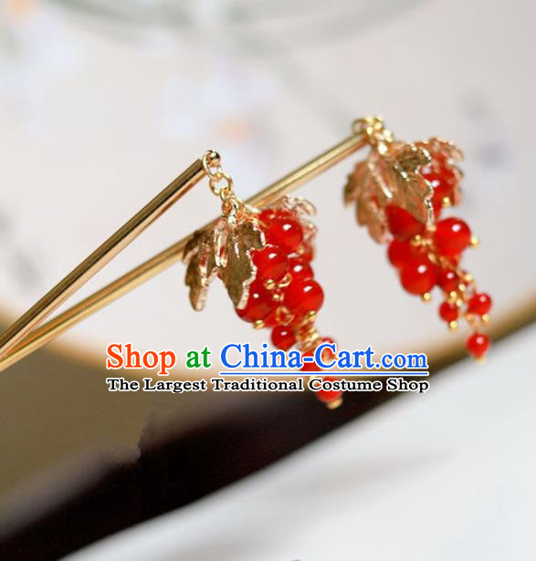 Handmade Chinese Traditional Red Grape Hairpins Ancient Classical Hanfu Hair Accessories for Women