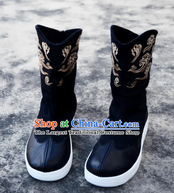 Chinese Traditional Boots Ancient Swordsman Shoes Embroidered Leather Shoes for Men