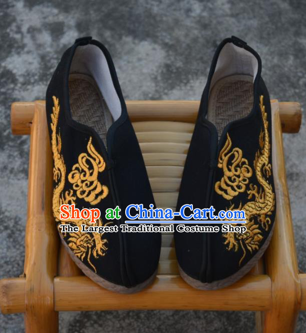Chinese Traditional Shoes Ancient Swordsman Shoes Embroidered Dragons Shoes for Men