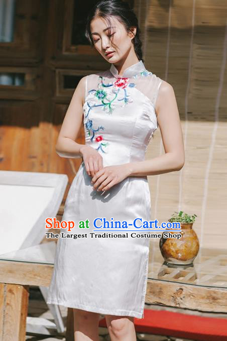 Chinese Traditional Costumes National Qipao Dress Classical White Silk Cheongsam for Women