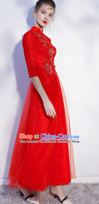 Chinese Traditional Bride Embroidered Slim Cheongsam Ancient Handmade Red Veil Wedding Dress for Women