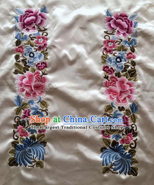 Chinese Traditional Embroidery Craft Embroidered Peony White Silk Patches Handmade Embroidering Accessories