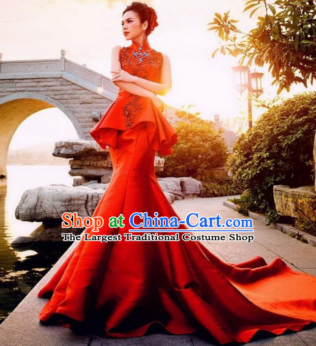 Chinese Traditional Costumes Elegant Red Full Dress Wedding Trailing Qipao Dress for Women