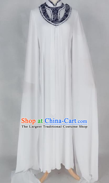 Chinese Traditional Peking Opera Actress Qin Xianglian White Dress Ancient Countess Costume for Women