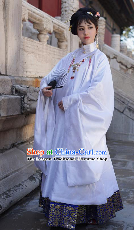 Asian Chinese Ming Dynasty Court Countess White Hanfu Dress Traditional Ancient Imperial Concubine Costumes for Women
