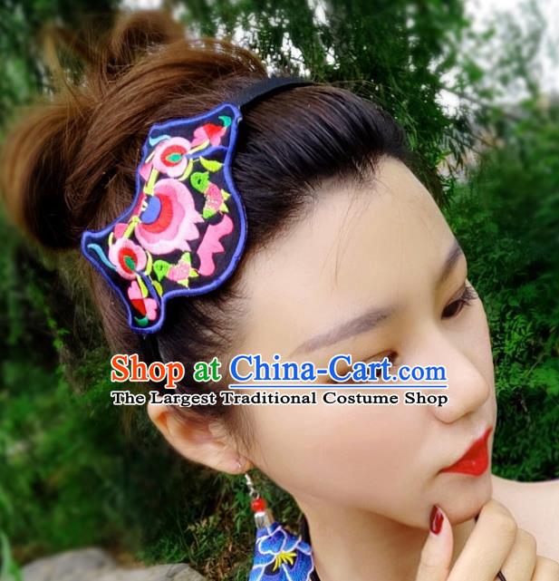Chinese Traditional Ethnic Embroidered Headband National Handmade Hair Clasp for Women