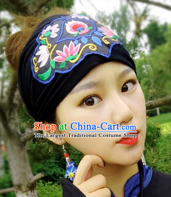 Chinese Traditional Ethnic Embroidered Lotus Blue Headband National Handmade Hair Clasp for Women
