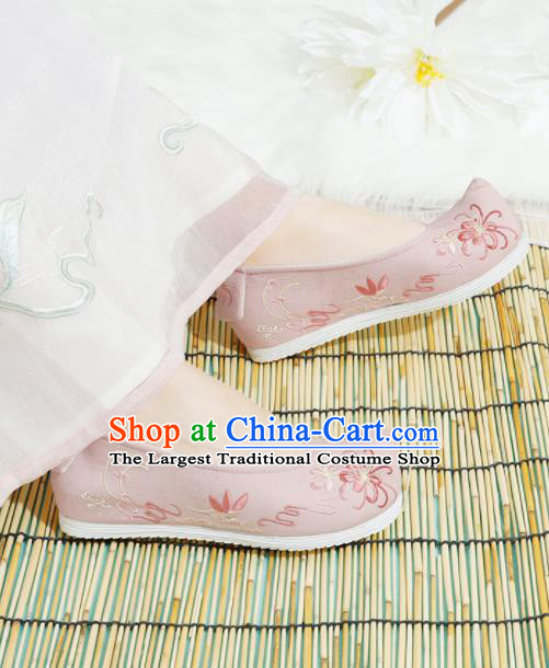 Chinese National Embroidered Chrysanthemum Pink Shoes Ancient Traditional Princess Shoes Hanfu Shoes for Women