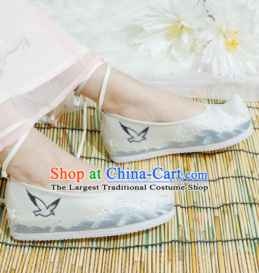 Chinese National Beige Embroidered Shoes Ancient Traditional Princess Shoes Hanfu Shoes for Women