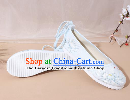 Chinese National Embroidery Lotus Light Blue Hanfu Shoes Traditional Princess Shoes Embroidered Shoes for Women