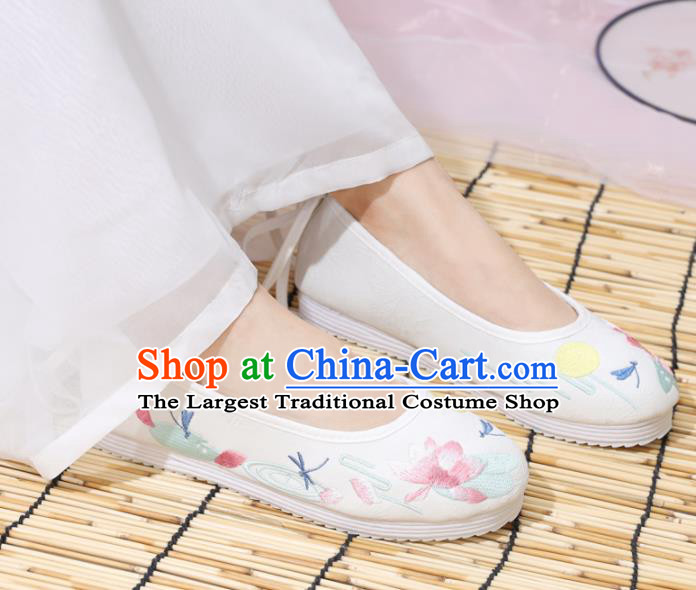 Traditional Chinese National Embroidered Lotus White Shoes Ancient Princess Shoes Handmade Hanfu Shoes for Women