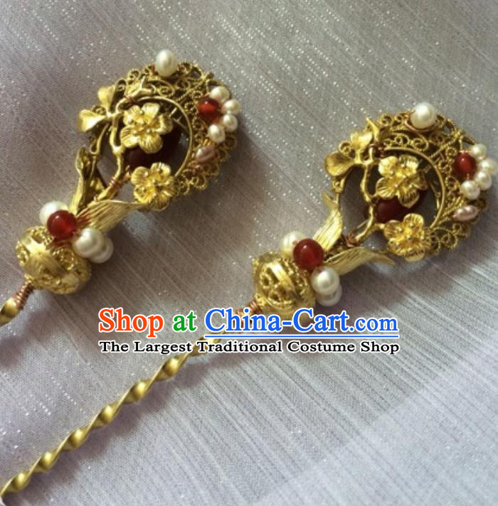 Chinese Traditional Ancient Princess Golden Plum Hairpins Court Hair Accessories for Women