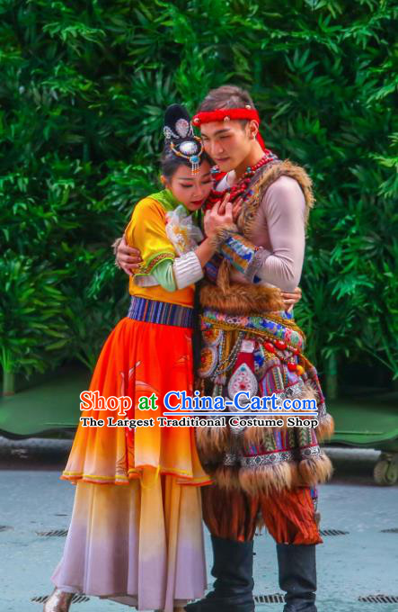 Chinese The Romantic Show of Lijiang Stage Performance Zhuang nationality Dance Costumes for Women for Men