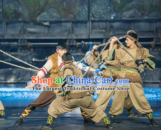 Chinese The Romantic Show of Lijiang Stage Performance Dance Costume for Men