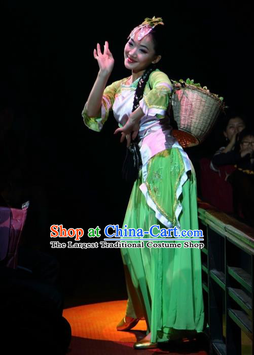 Chinese The Romantic Show of Songcheng West Lake Longjing Tea Dance Green Dress Stage Performance Costume for Women