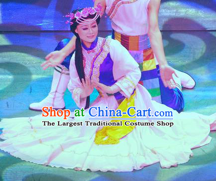 Chinese Lishui Jinsha Yi Nationality Dance Dress Ethnic Wedding Stage Performance Costume and Headpiece for Women