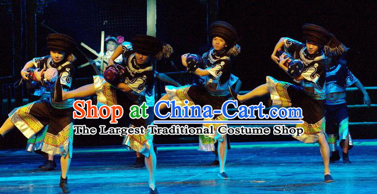 Chinese Thorn Quinoa Flowers Tujia Nationality Male Clothing Stage Performance Dance Costume for Men