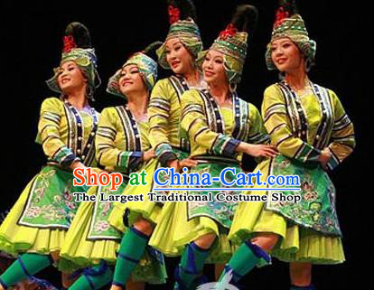 Chinese Wind Of Colorful Guizhou Dong Nationality Ethnic Dance Green Dress Stage Performance Costume and Headpiece for Women
