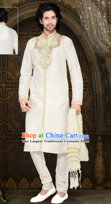 Asian Indian Sherwani Embroidered White Clothing India Traditional Wedding Bridegroom Costumes Complete Set for Men