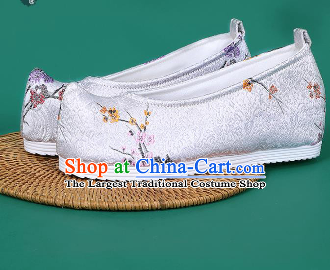 Chinese National White Brocade Toe Spring Shoes Traditional Hanfu Shoes Princess Shoes Opera Shoes for Women
