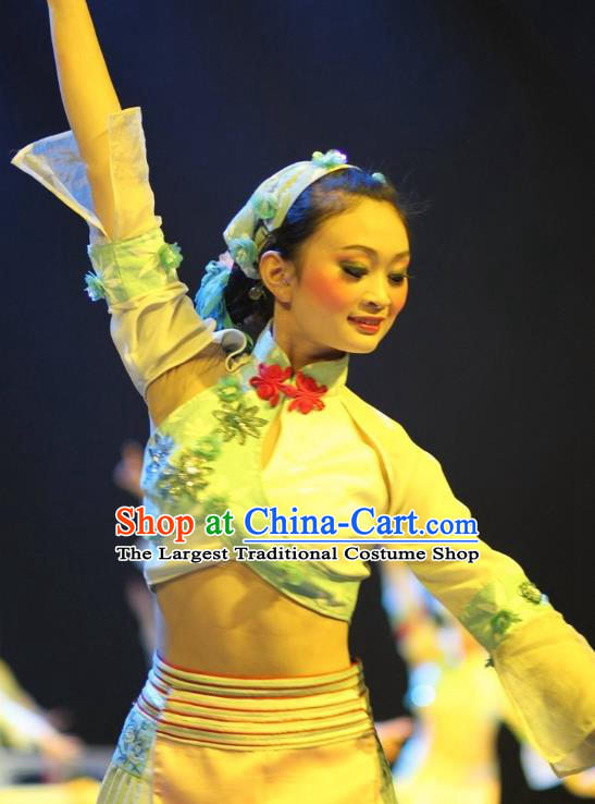 Chinese Impression of Suzhou Folk Dance Dress Stage Performance Costume and Headpiece for Women