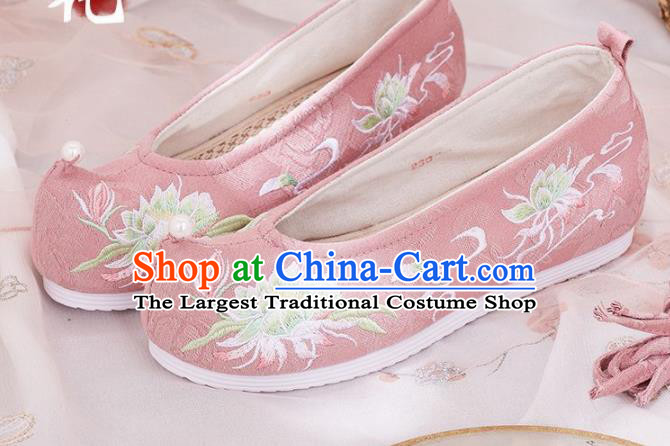 Traditional Chinese Embroidered Flower Pink Shoes Hanfu Shoes National Shoes for Women