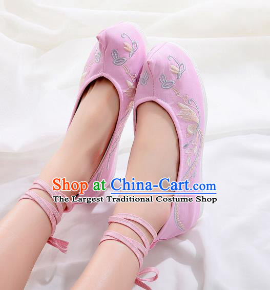Traditional Chinese National Embroidery Pink Shoes Embroidered Flowers Shoes Hanfu Shoes for Women