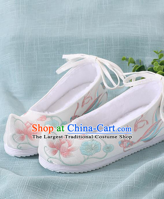 Chinese Handmade Embroidered Lotus Goldfish White Shoes Traditional Ming Dynasty Hanfu Shoes Princess Shoes for Women