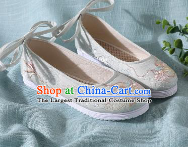 Chinese Handmade Embroidered Dragon Light Green Shoes Traditional Wedding Shoes Hanfu Shoes Princess Shoes for Women