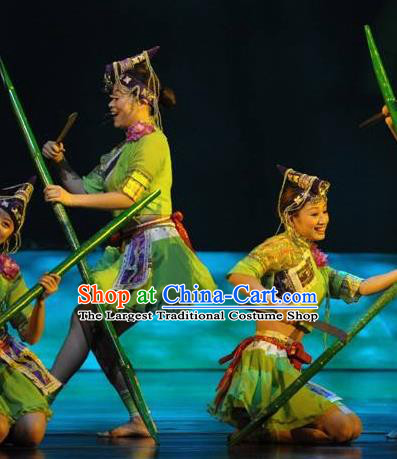 Impression Shanha Chinese She Nationality Dance Green Dress Stage Performance Dance Costume and Headpiece for Women