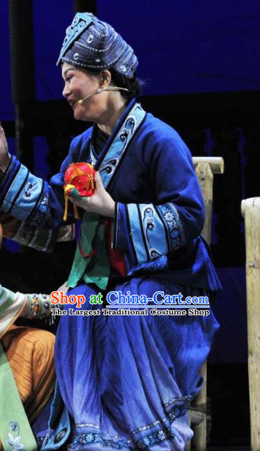 Drama Qian Yun Cliff Chinese Zhuang Nationality Old Female Blue Dress Stage Performance Costume and Headpiece for Women