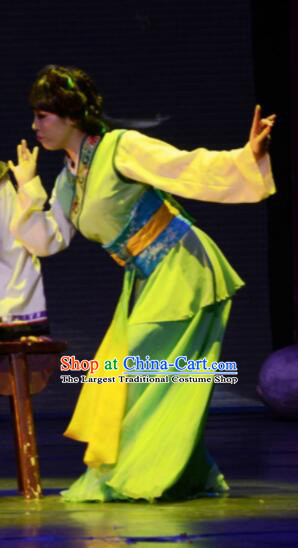 Gucuo Marriage Chinese Folk Dance Green Dress Stage Performance Dance Costume and Headpiece for Women