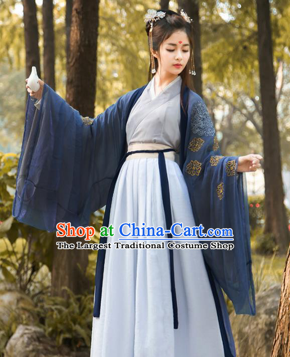 Chinese Traditional Ancient Jin Dynasty Swordswoman Embroidered Historical Costume for Women