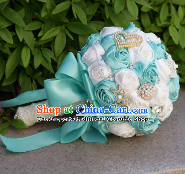 Chinese Traditional Wedding Bridal Bouquet Blue and White Rose Flowers Bunch for Women
