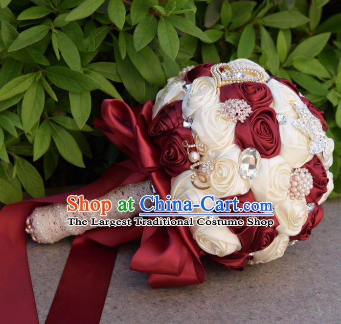 Chinese Traditional Wedding Bridal Bouquet Wine Red and White Rose Flowers Bunch for Women