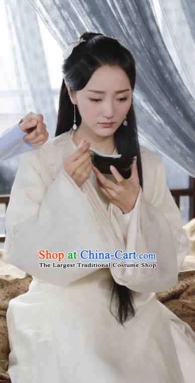Chinese Ancient Nobility Lady Traditional Costume Drama Zhao Yao Nobility Lady Swordswoman White Hanfu Dress for Women