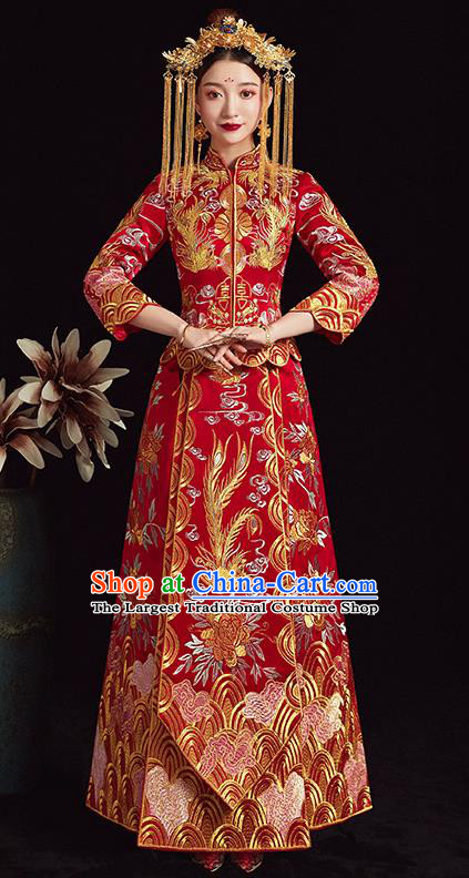 Chinese Traditional Bride Xiuhe Suit Ancient Wedding Embroidered Red Dress for Women