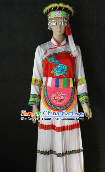 Chinese Traditional Lisu Nationality White Dress Ethnic Bride Folk Dance Costume for Women