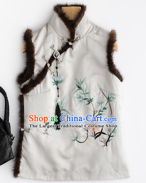 Traditional Chinese National Costume Tang Suit Embroidered White Brocade Waistcoat for Women