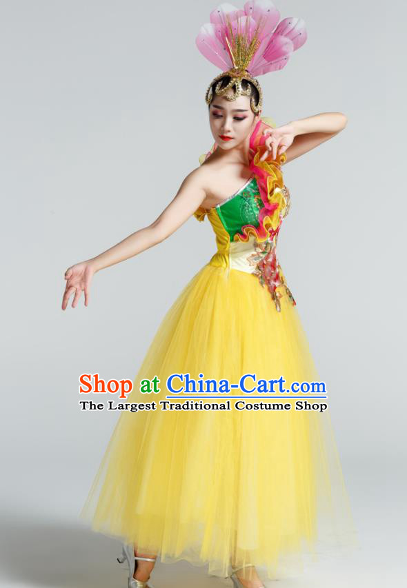 Chinese Traditional Opening Dance Yellow Veil Dress Spring Festival Gala Stage Performance Chorus Costume for Women